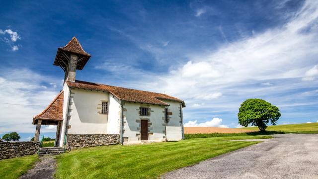Petite église à St Médard Nicourby