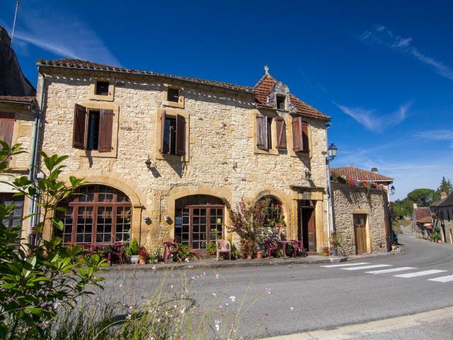 Maison à Montcléra