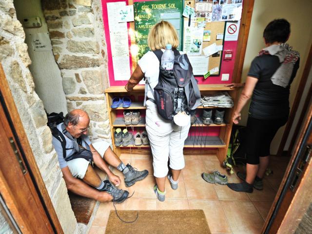 Arrivée des pélerins - Relais St Jacques à Faycelles