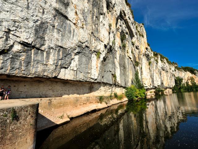 Balade sur le chemin de halage de Ganil à Bouziès