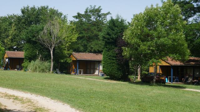 Campinglereveauviganp1010818ccseguy Lottourisme