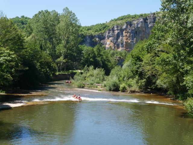 Canoe Sur Le Cele A Orniac 2cc Seguy