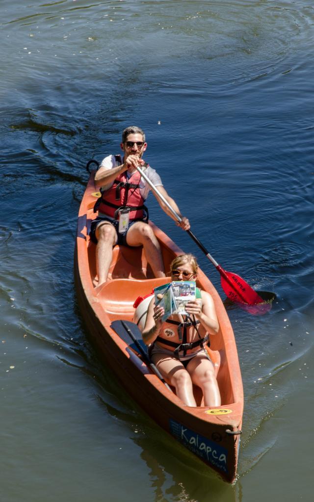 Canoe Sur Le Cele