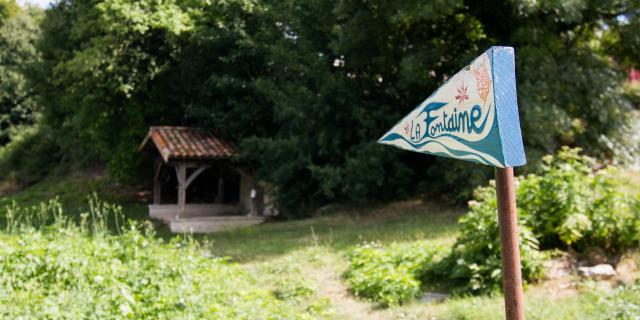 Fontaine miraculeuse à Lascabanes