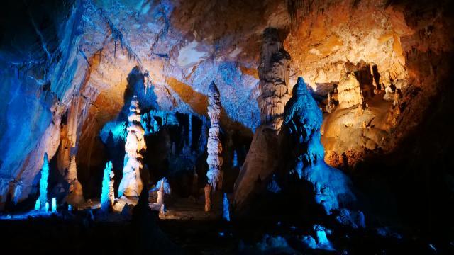 Grotte Des Carbonnieres © Laugery