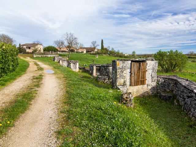 Le chemin des puits à Laburgade