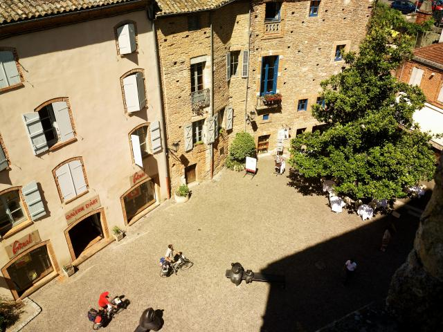 Moissac 1c Crt Midi Pyrenees D Viet