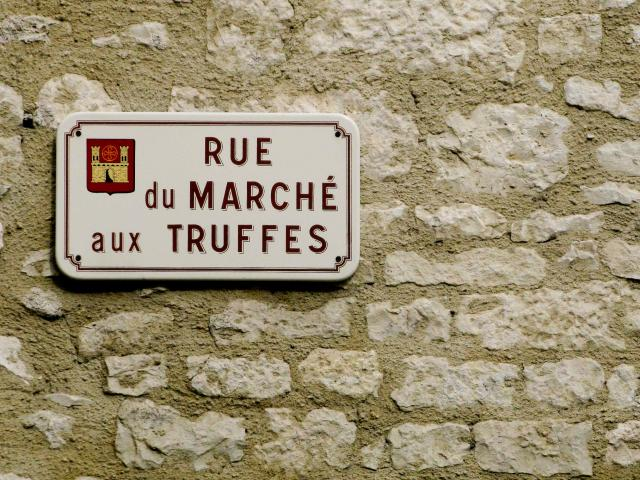 Panneau de la Rue du Marché aux Truffes