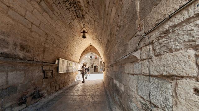 Passage sous le musée Uxellodunum - Martel
