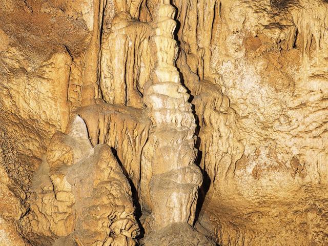 Pièce Montée - Grotte des Merveilles