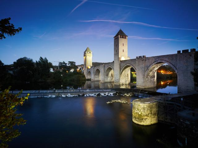 Pont Valentre Lot Tourisme Crt Midi Pyrenees D Viet 0 1