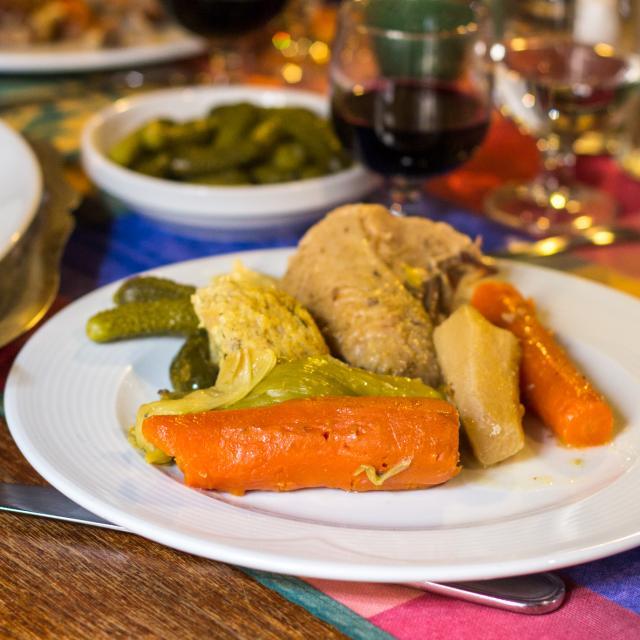 Poule au Pot - Restaurant Lou Bourdié à Bach