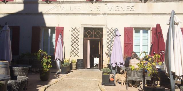 Restaurant Lallee Des Vignes C Lot Tourisme C Novello 026