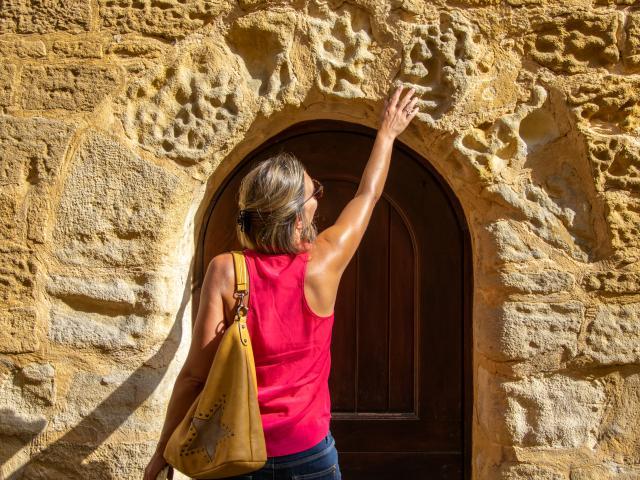 Une façade en pierre à Gourdon