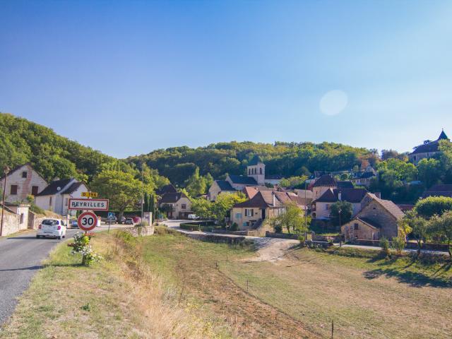 Village de Peyrille