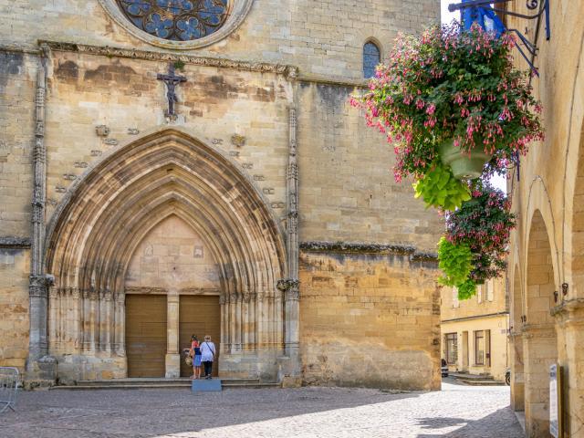 Visite sensorielle de Gourdon - Église Saint-Pierre