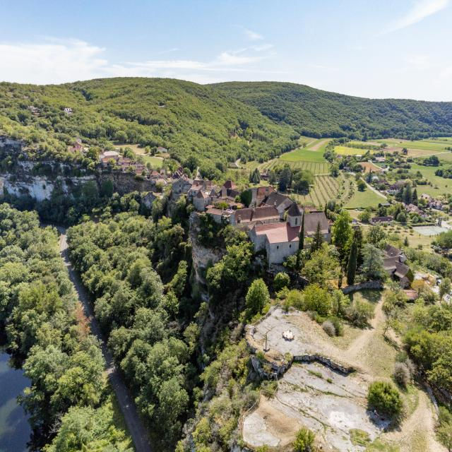vue aérienne de Calvignac