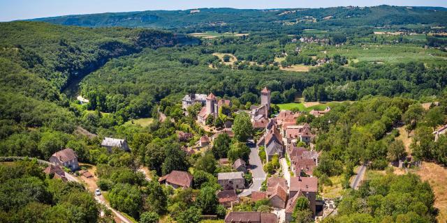 Vue aérienne de Montvalent