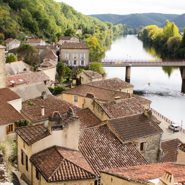 Vue sur les toits de Puy l'Evêque