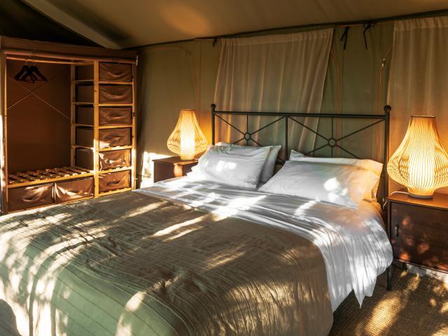 France, Lot (46), Lodge du Mas de Nadal, hébergement saisonnier milieu de gamme // France, Lot, Ldgedu Mas de Nadal, luxuary campground