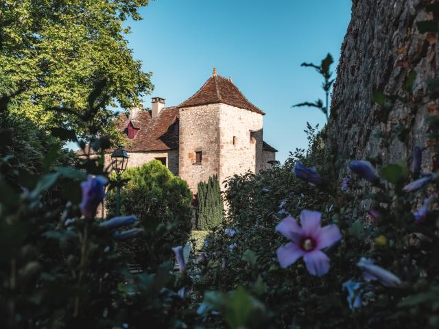 Loubressac, village fleuri