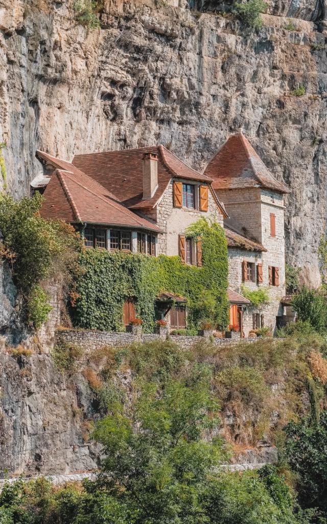Maison troglodyte à Cabrerets