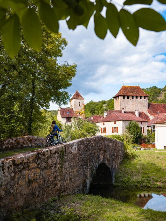 Géocaching en vélo électrique sur le Parc naturel régional des Causses du Quercy