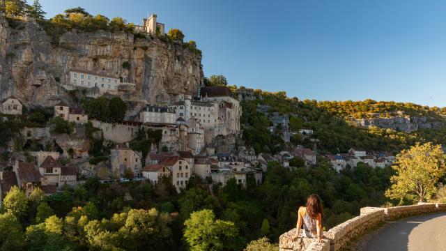 En contemplation devant la cité de Rocamadour
