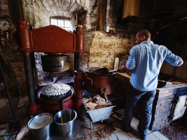 Moulin à huile de Noix à Martel