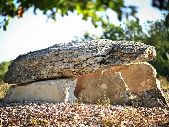Dolmen de Pech Laglaire Gréalou - GR 65