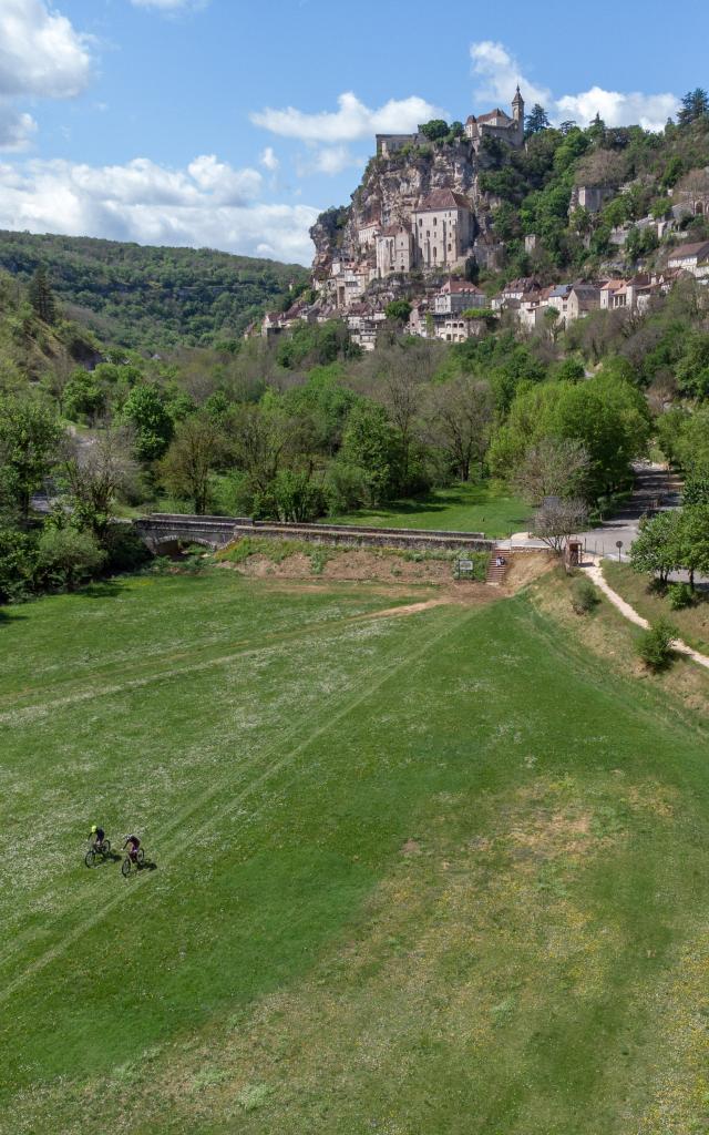 J1. Gourdon Martel Drone 72dpi 13©g.condat Lot Tourisme