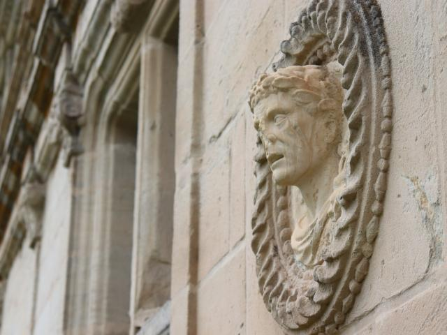 Statue Chateau D'assier