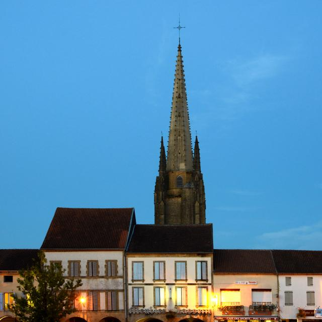 marciac-clocher-place----patrice-thebault.jpg