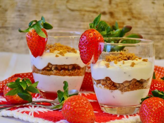 dessert-fraise-freepik.jpg