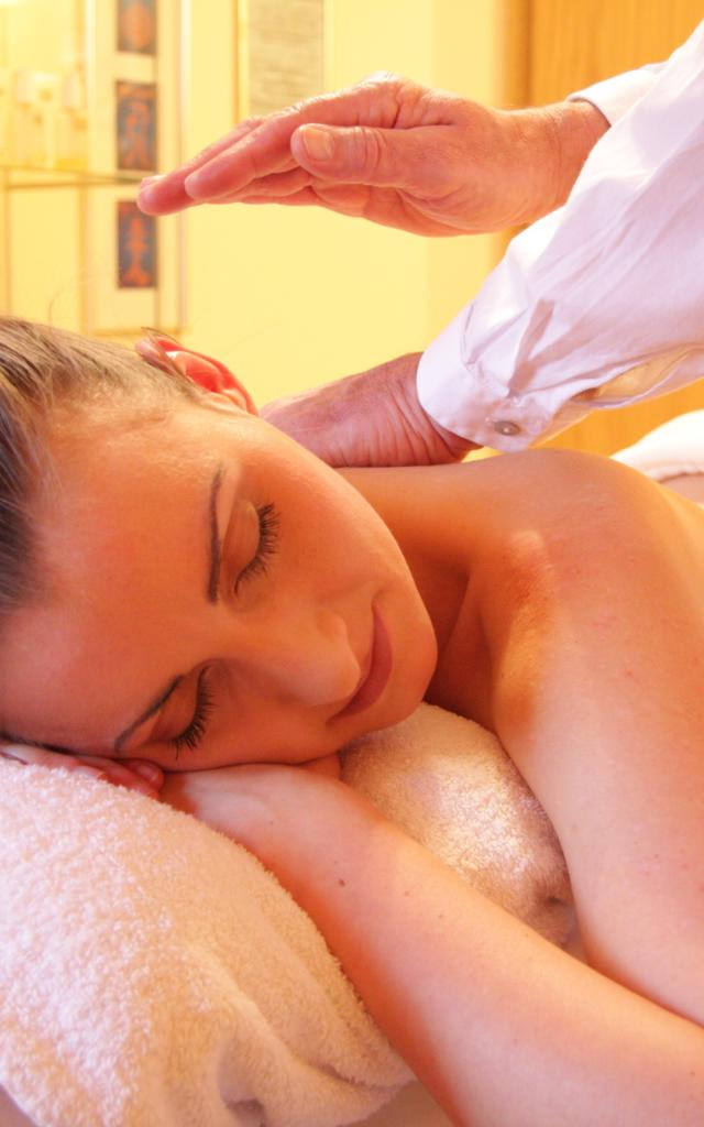 massage-pixabay.jpg