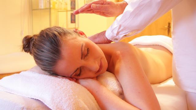 massage-pixabay.jpg