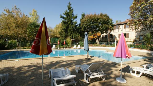 castex-piscine-1.jpg