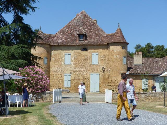 sabazan-chateau-camille-deschamps.jpg