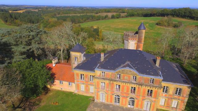 saint-christaud-chateau-laurent-laine.jpg