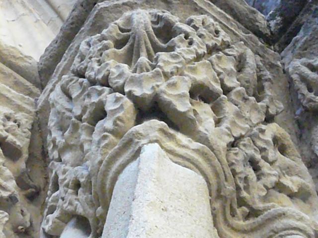 marciac-eglise-pilier-michel-carossio.jpg