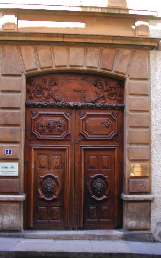 Porte Préfecture de Mende, rue de la Rovère