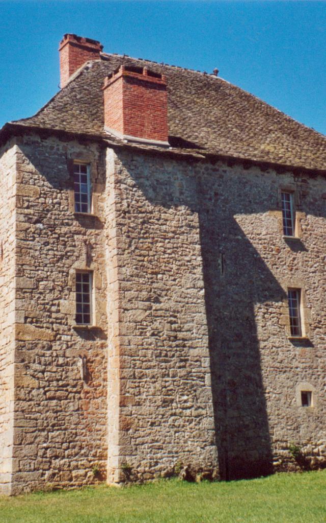 Le Château De Bahours
