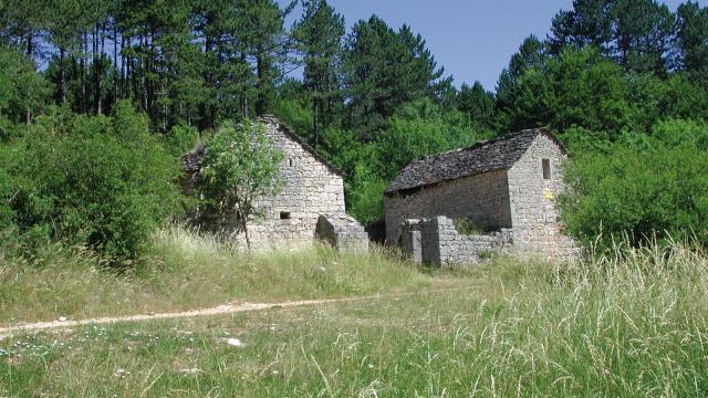 Village mort du Gerbal sur le Causse de Mende