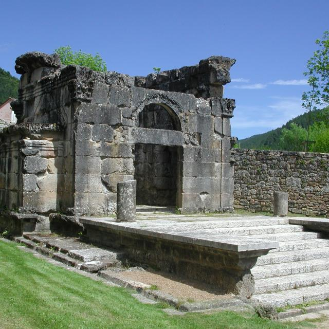 Mausolée Gallo-romain de Lanuéjols