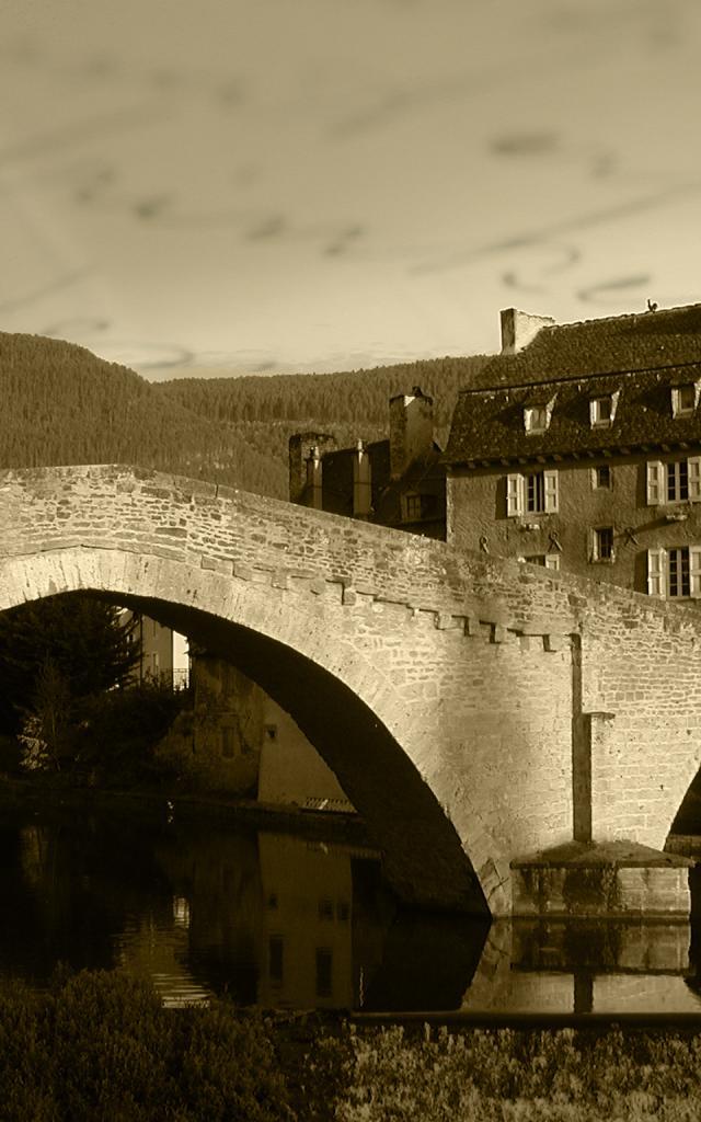 Pont Notre Dame en noir et blanc