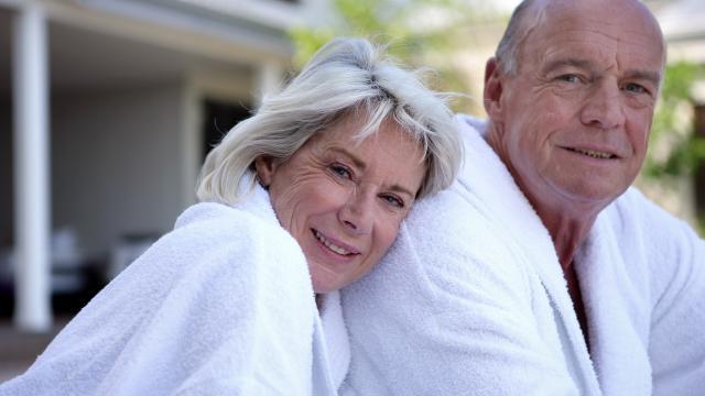 Couple Senior Peignoir 1©phovoir