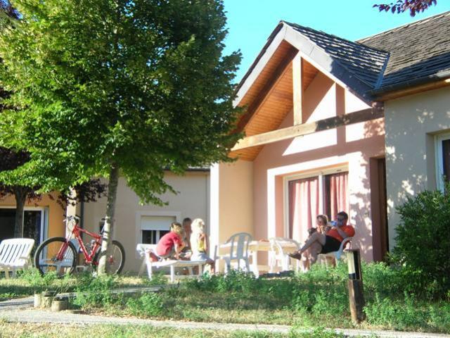 Village De Vacances Mende Exterieur3