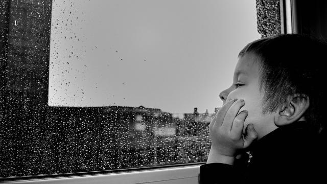 Enfant Pluie©pixabay Public