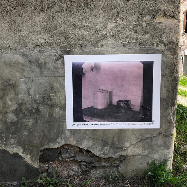 Exils Escale 2 Expo Collage Nevache © Fabienne Augié