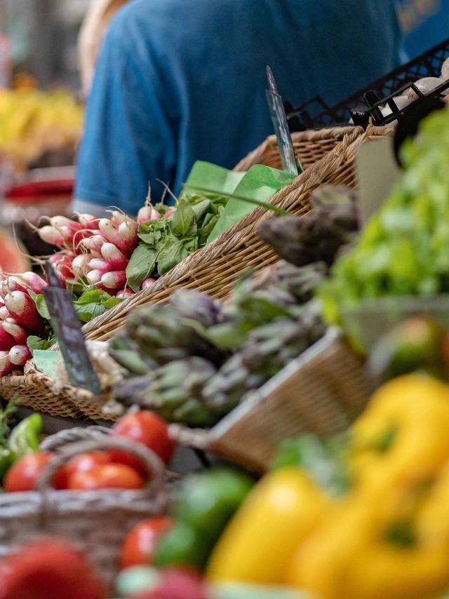 Menton Marche Des Halles Alimentaire